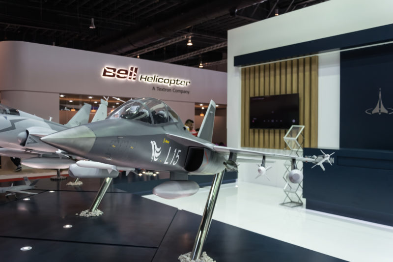 Chengdu L-15 in armed configuration at AVIC stand.