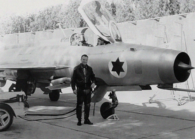 Redfa's MiG-21 with Israeli markings and pilot.
